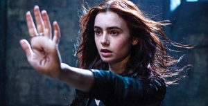 The Mortal Instruments City Of Bones trailer