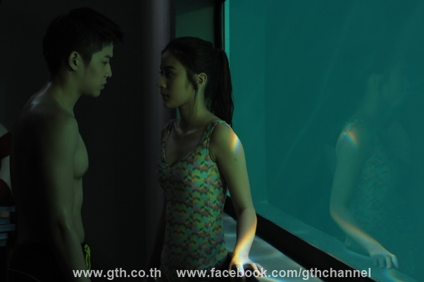 the swimmers image 05