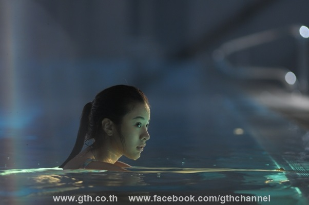 the swimmers image 06
