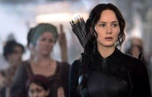 jennifer lawrence mockingjay firstlook
