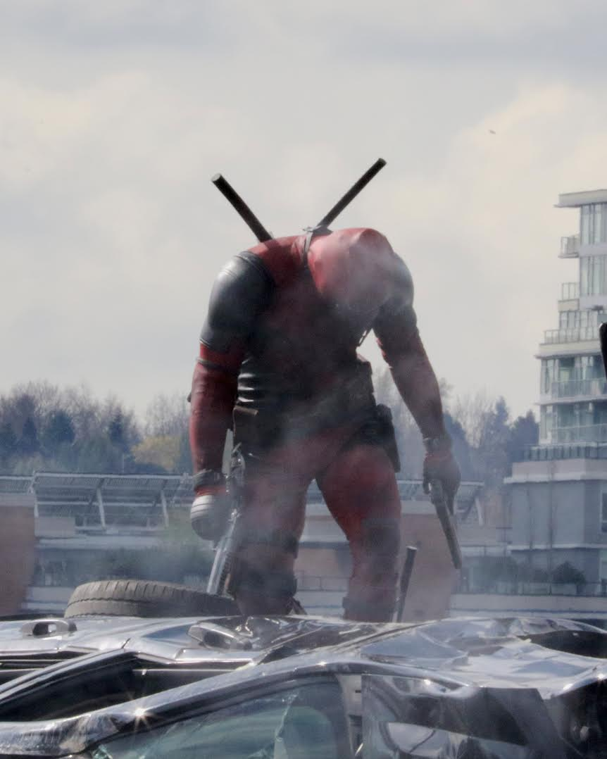 Deadpool set pic 01