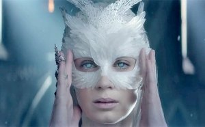 the huntsman trailer 2
